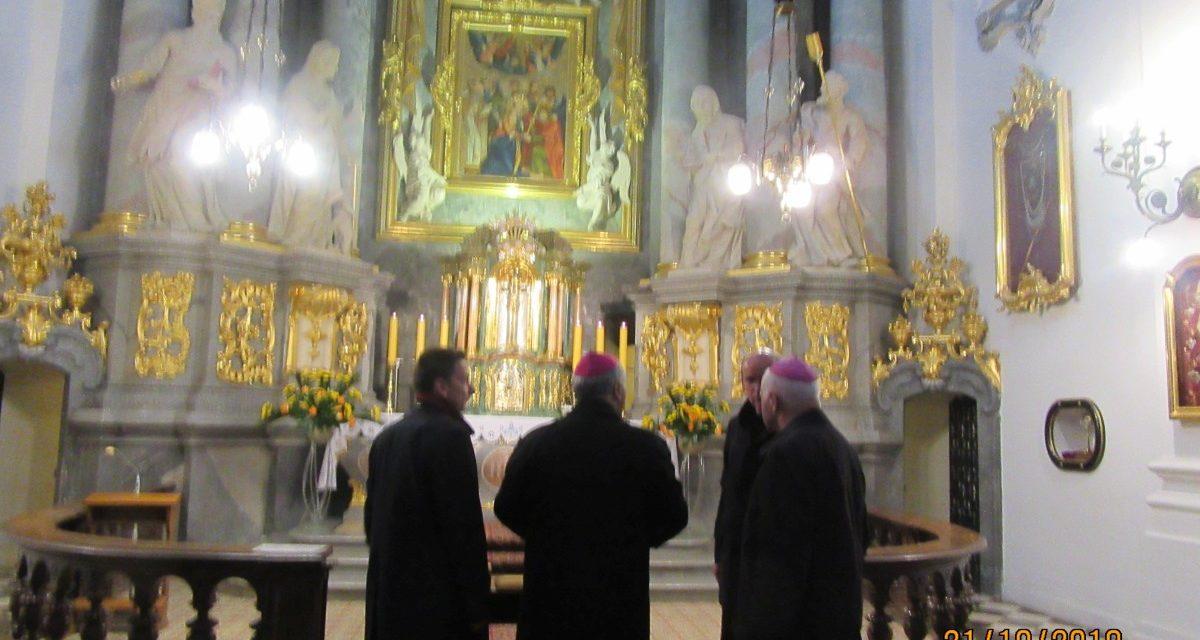 """Poświęcenie kaplicy w budynku Domu Formacji Stałej """"MANRESA"""""""